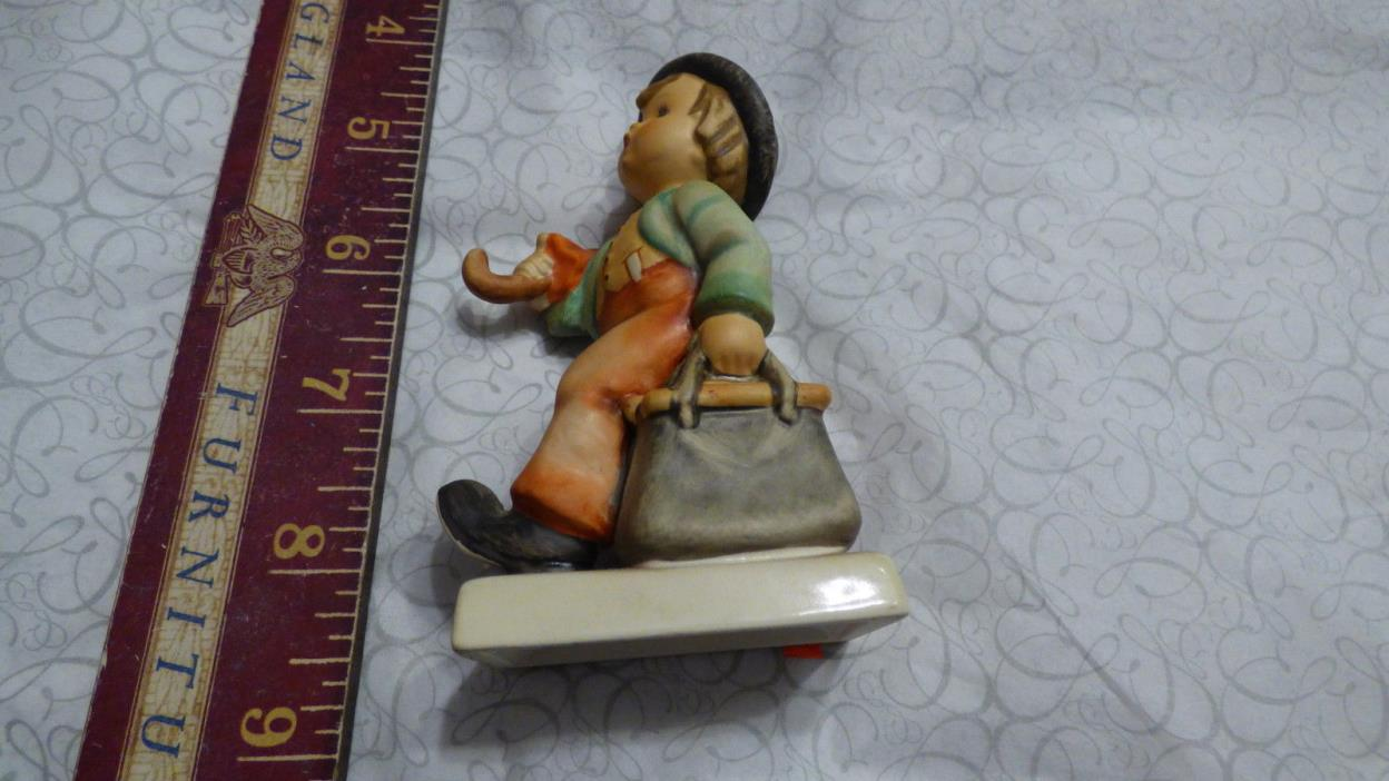 Hummel Goebel Figurine 11 2/0 MERRY WANDERER Boy with Umbrella chipped