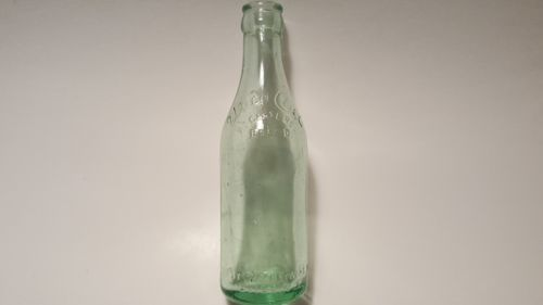 VTG Utica Club BOTTLE W/WAITER BLOB TOP