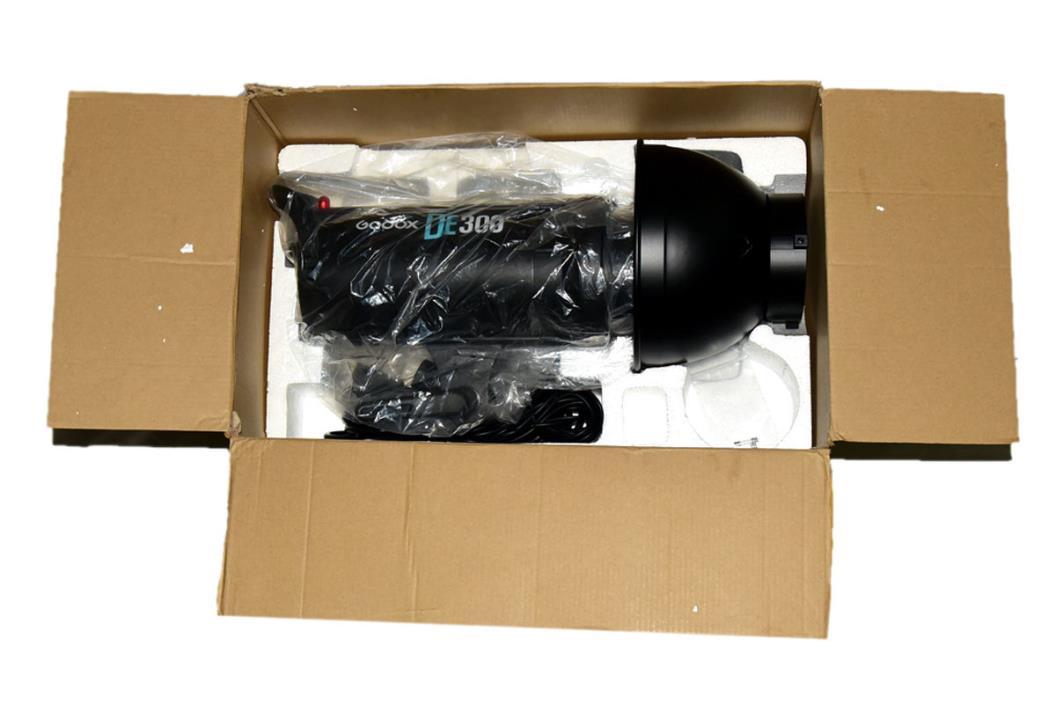 Godox DE300 300W Profession Studio Strobe Flash Lamp