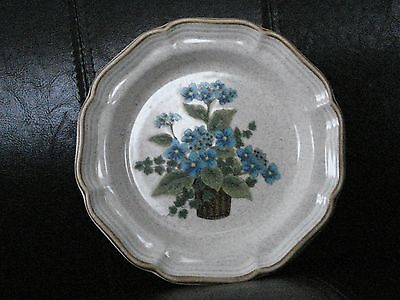Mikash Garden Club ''Bells Of Blue'' Salad Plate EC402.