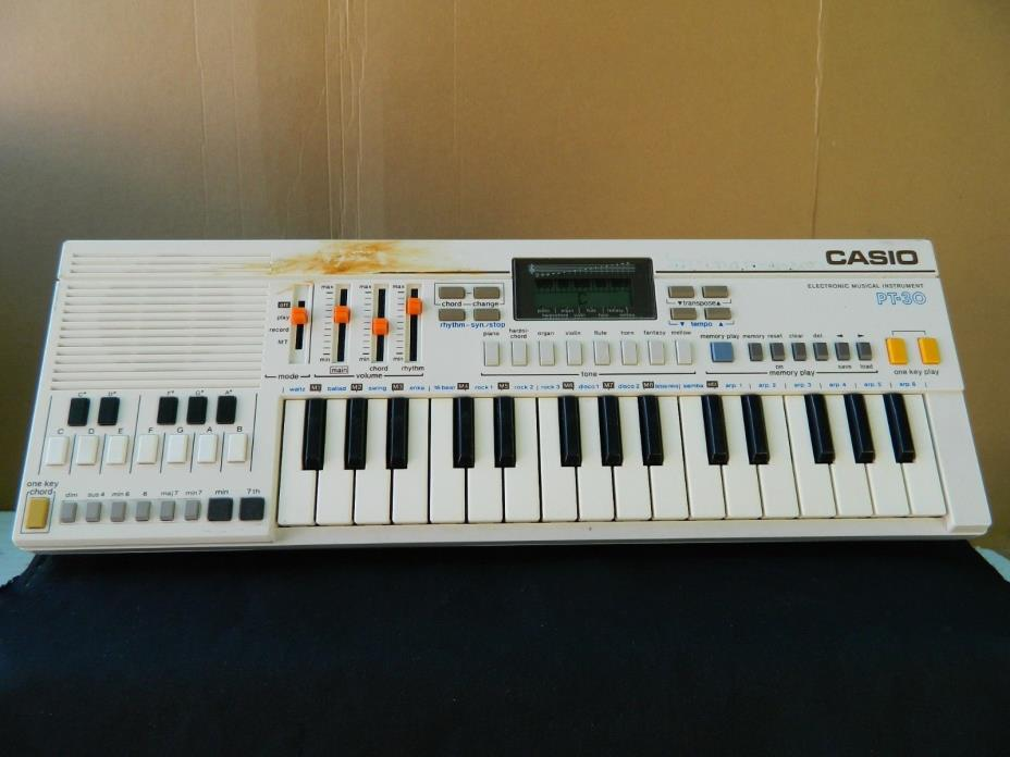 Vintage 1982 Casio pt-30 Keyboard Electronic Musical Instrument Synth