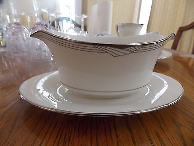 1~NORITAKE~STERLING COVE 7720~GRAVY WITH UNDERPLATE EXCELLENT!