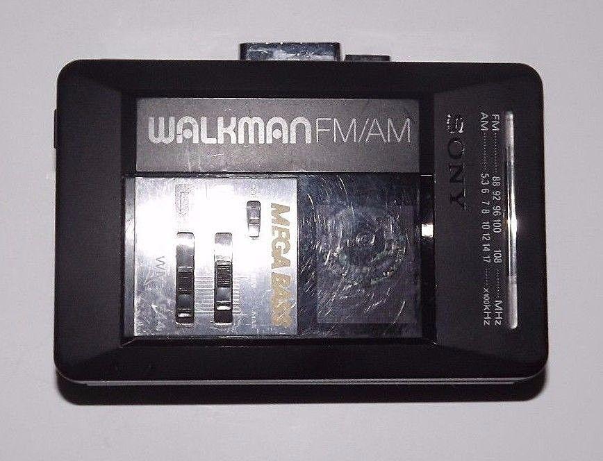 Vintage Sony WM-AF44 AM/FM Cassette Walkman (Tested & Works Great)