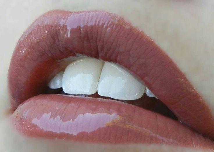 LipSense Color: BELLA