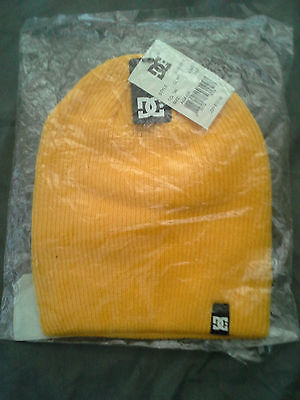 DC Yellow LMO Clap Style Beanie New With Tags NWT
