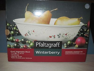Pfaltzgraff Winterberry  White Oval Vegetable Bowl NIB