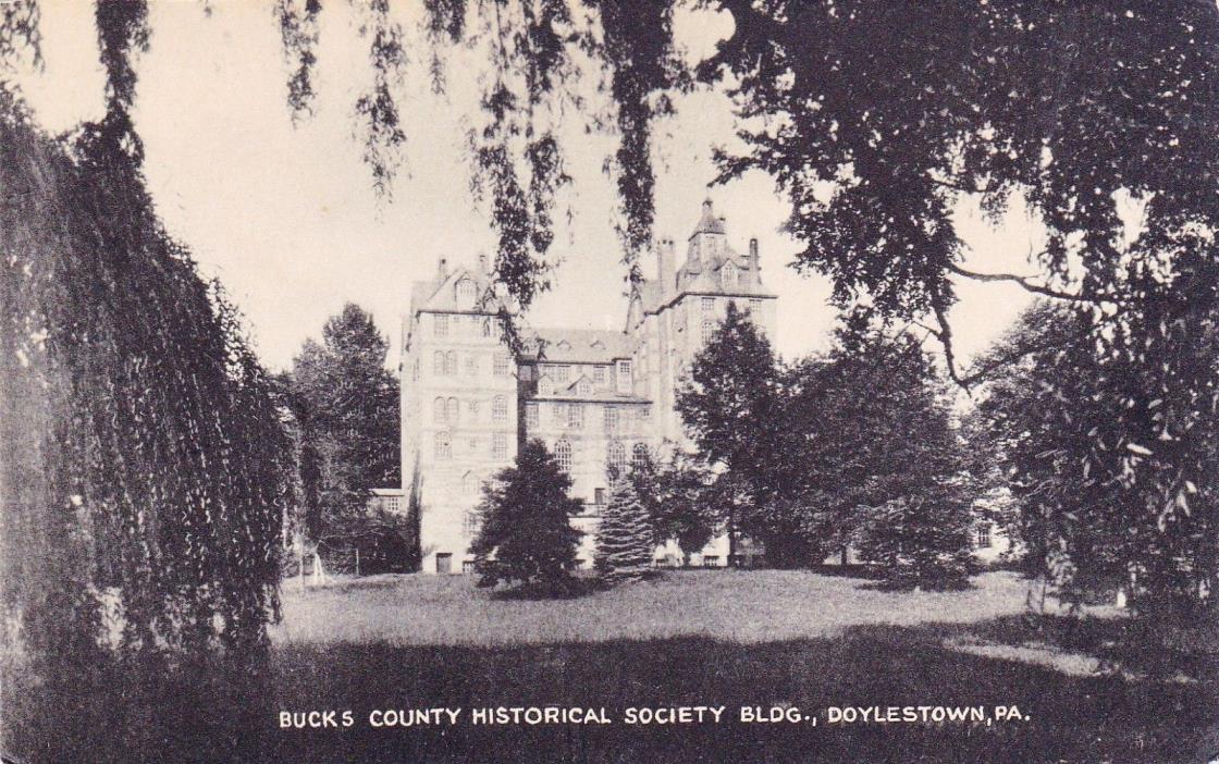 POSTCARD -  Bucks County Historical Society Bldg, Doylestown, Pa.