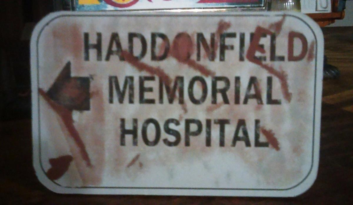 HALLOWEEN H2 haddonfield memorial hospital display sign MYERS MASK freddy jason