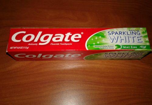 COLGATE    SPARKLING WHITE TOOTHPASTE    BAKING SODA    MINT ZING    GEL