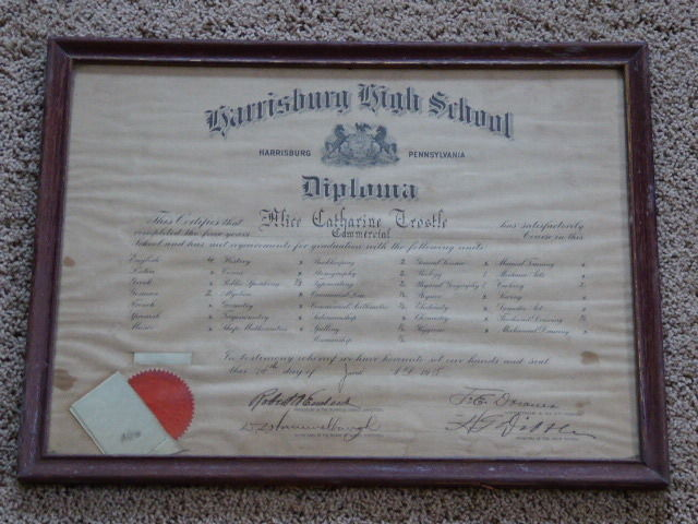 1918 Harrisburg High School, Harrisburg, Pa. Large Framed Diploma