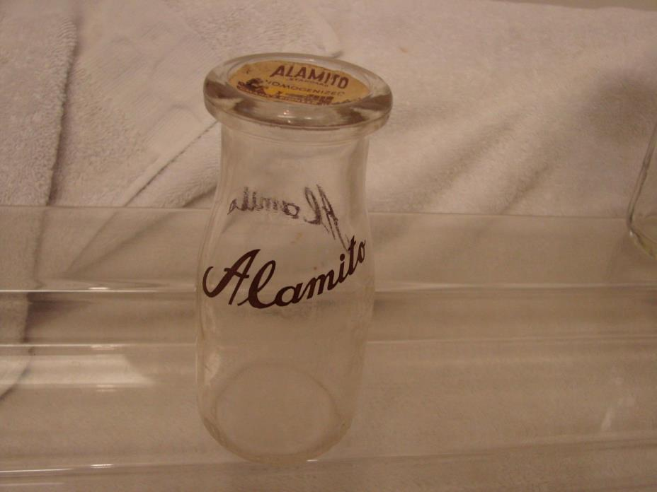 ALAMITO DAIRY HALF PINT MILK BOTTLE & MATCHING CAP 1-11-14 OMAHA NEBRASKA
