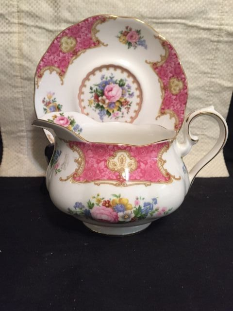 Royal Albert Lady Carlyle Gravy Boat and Under Plate, Pink Roses, Gold Trim