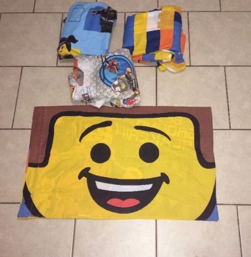 Lego The Movie Twin Sheet Set Comes With One Pillow Case Two Fitted One Flat
