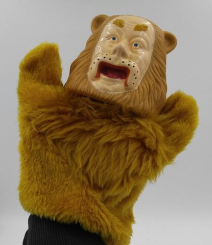 Wizard of Oz Vintage Hand Puppet Cowardly Lion 1988 50th Anniversary Collectable