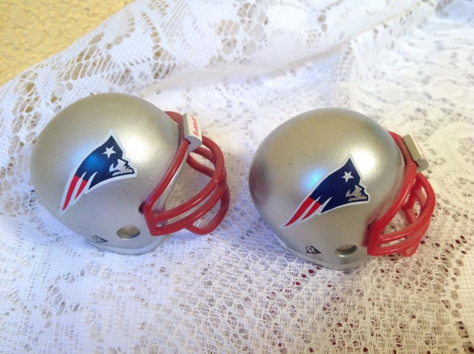 RIDDELL NFL NEW ENGLAND PATRIOTS POCKET PRO FOOTBALL HELMET (2) 1997 MINI