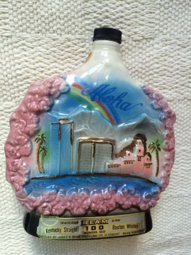JIM BEAM Vintage Decanter-ALOHA 200th Anniversary Captain Cook 1778-1978 Bottle