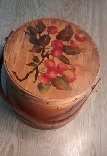 Shaker style wooden basket