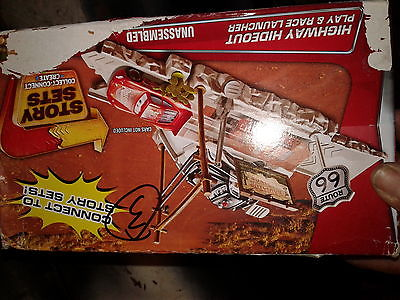 Disney Cars Story Sets Route 66 Speed Trap Highway Launcher w/ Sheriff & Mcqueen