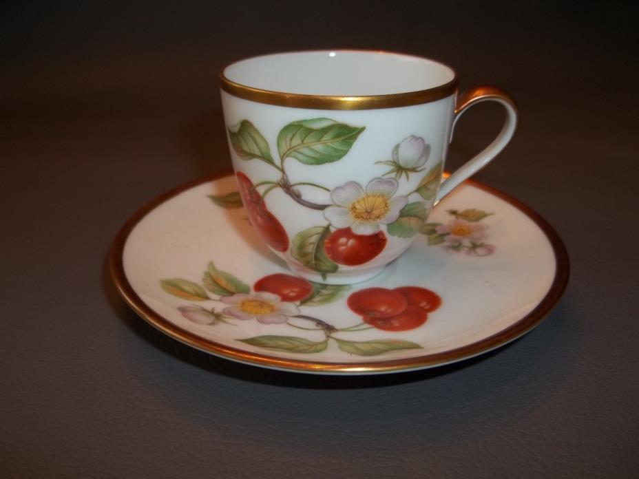 Demitasse cups & saucer,  Hoseentedffs  Germany  set of 8