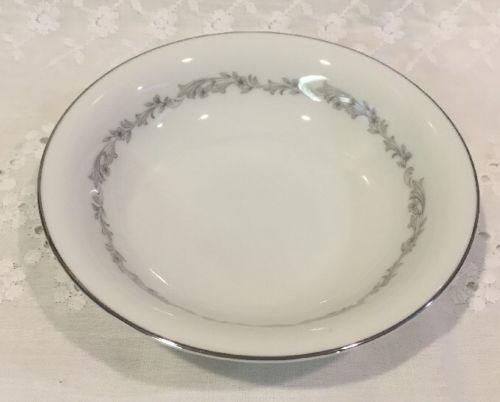 Noritake Crestmont 6013 Dessert Bowls ~ 5 5/8