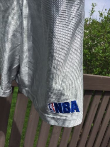 Men's NBA Elevation silver basketball shorts size medium Drawstring