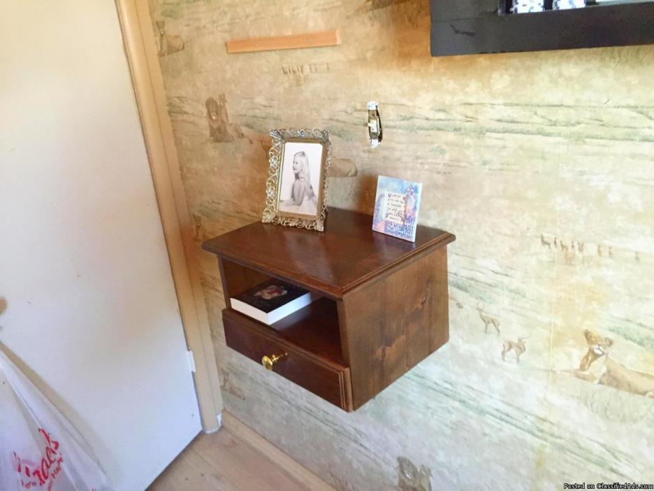 wall mounted nightstand