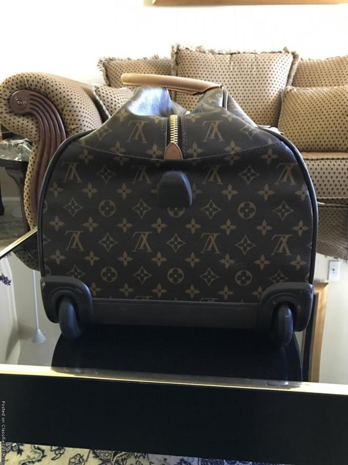 louis vuitton travel & luggage