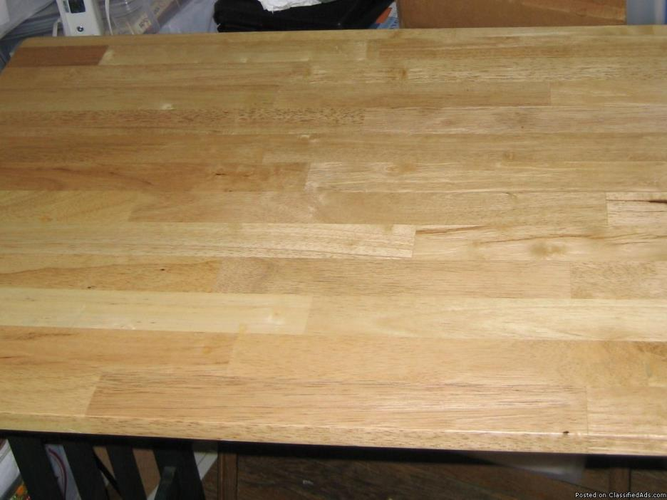 Breakfast Table / Wood