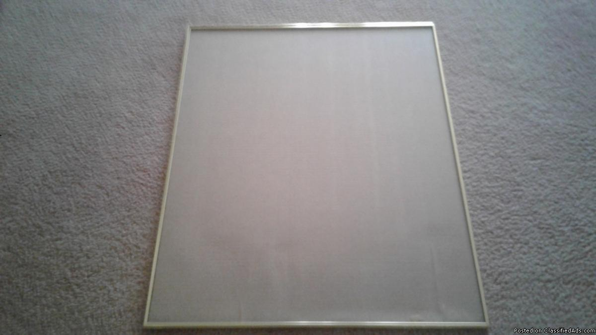 GOLD TONE METAL POSTER & PICTURE FRAME W/ GLASS