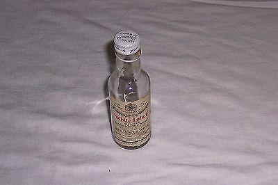 White Label Dewar's Blended Scotch Whiskey Scotland Glass Mini Bottle