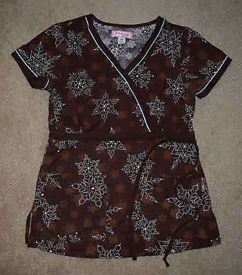 Koi by Kathy Peterson 100% Cotton Scrub Top Size Extra Small, Multicolored