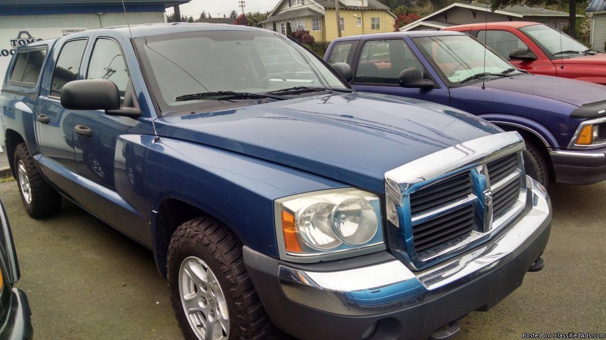 2005 Dodge Dakota SLT Pickup
