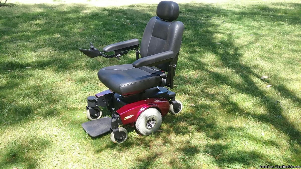Pronto Sure Step M51 Motorized Wheelchair and Van Lift- Never Been Used