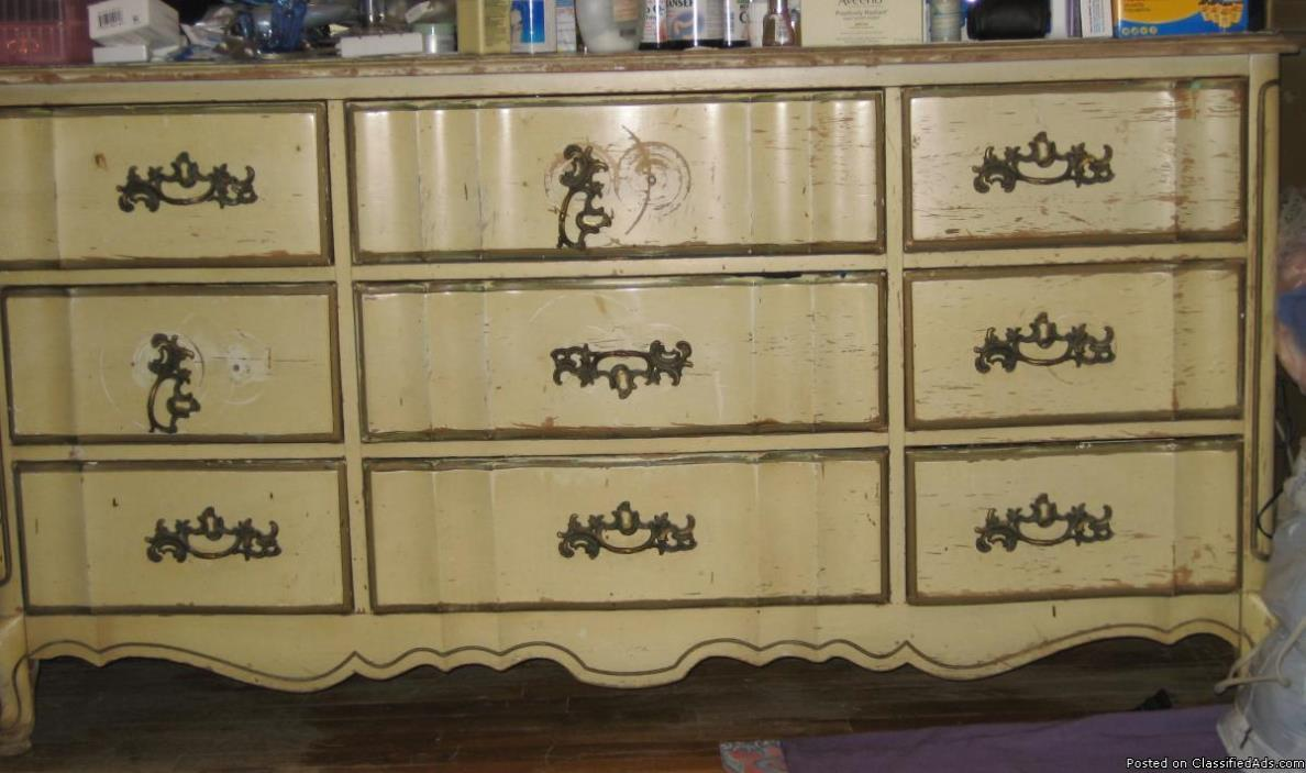 Queen Ann Style All Wood/ Chest, Dresser, Mirror