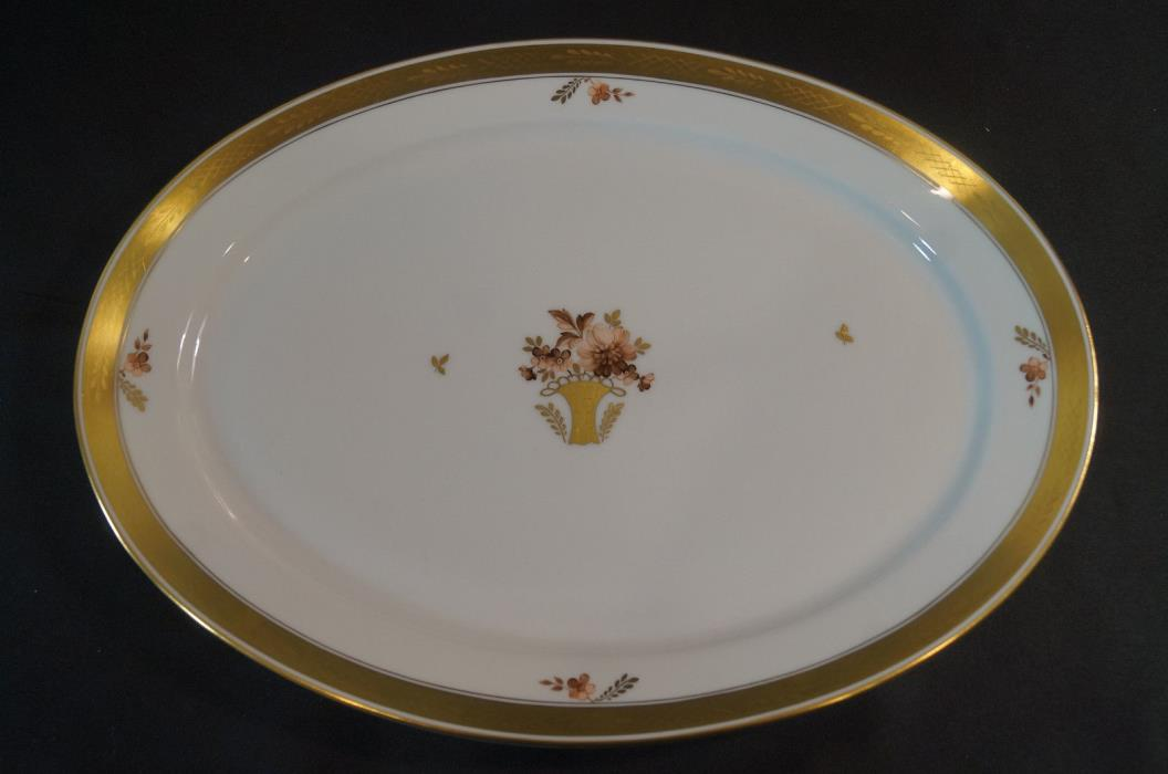 Royal Copenhagen Golden Basket 595 Pattern 15