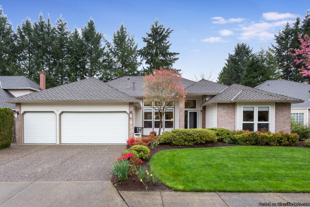 OPEN THIS WEEKEND - JUST LISTED! Immaculate One-Level Traditional