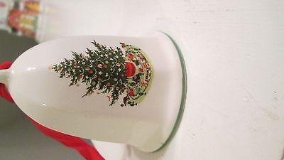 pfaltzgraff heritage christmas bell 1990