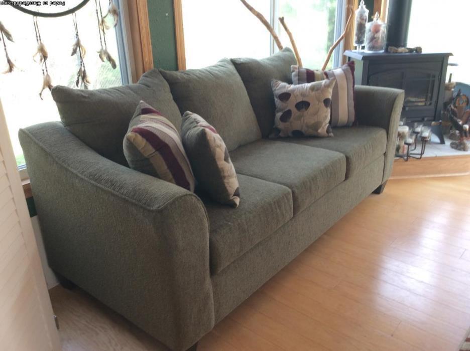 Beautiful Lazyboy Soft Green Sofa