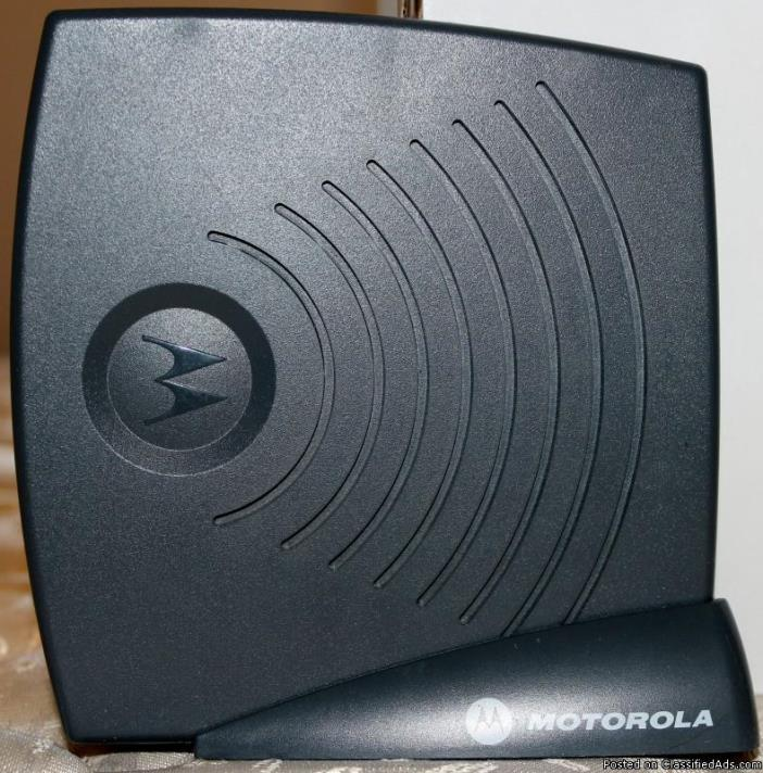 Motorola VT2142-VR Broadband Voice Gateway.