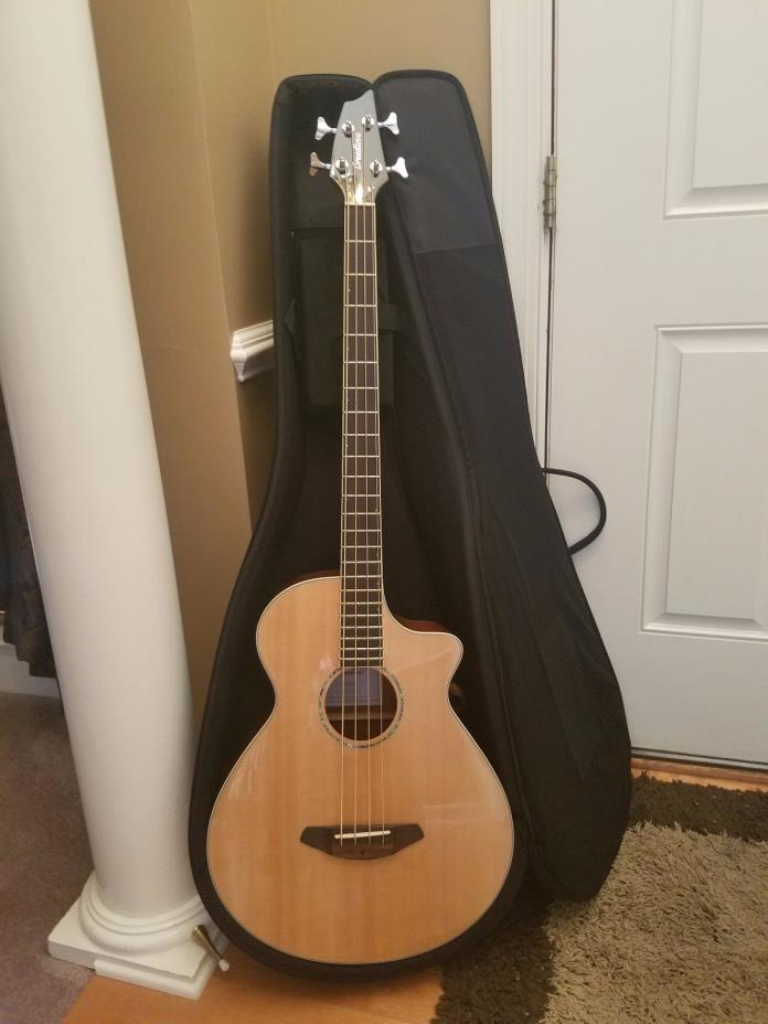 Breedlove Acoustic/Electric Bass Guitar with Gig Bag