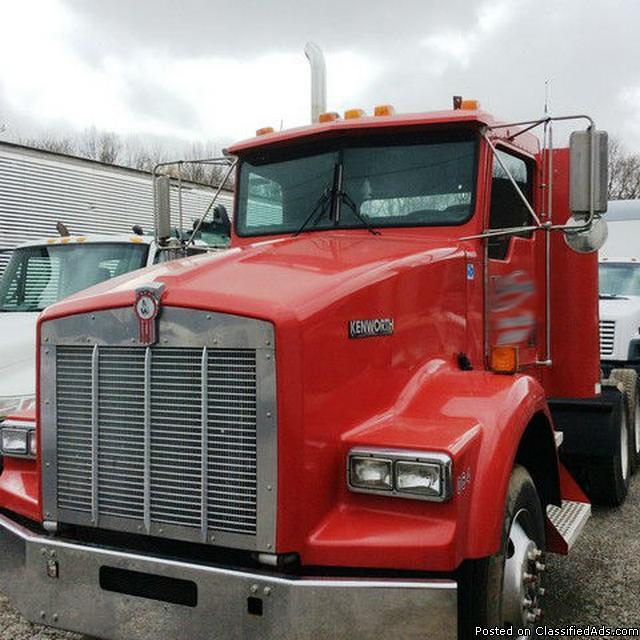 1999 Kenworth T800B Day Cab RTR# 7023962-01