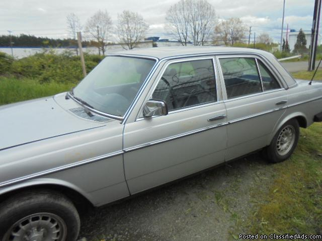 Parting out - 1980 Mercedes 300 - Parts - 15213
