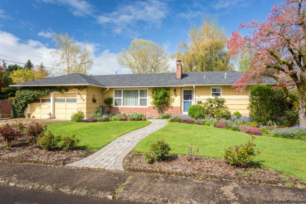 OPEN THIS WEEKEND - JUST LISTED! One-Level Ranch House in Keizer