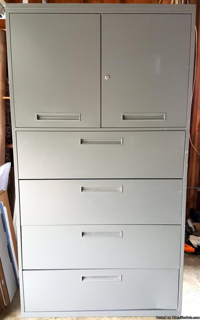 * Metal Filing / Storage Cabinet * 4 Drawer + 2 Shelf * ONLY - $125