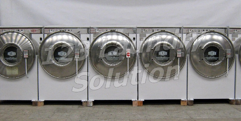 Good Condition Milnor Front Load Washer 35LB 3PH 220V White Finish Used