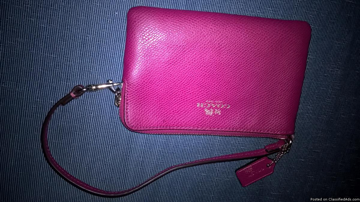 PINK COACH COIN PURSE