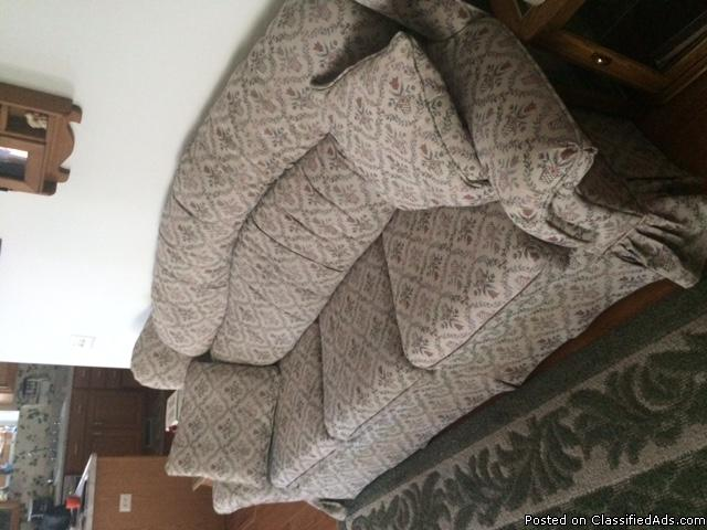 Sofa matching chair great cond beige print comfortable