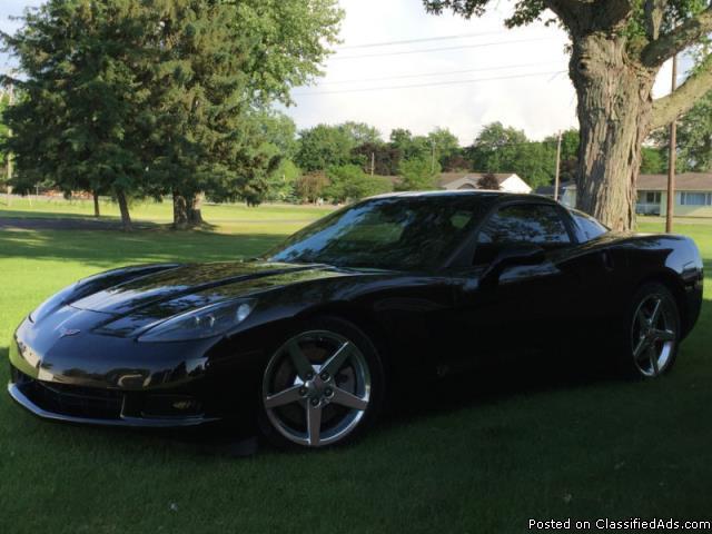 Chevrolet: Corvette Base Coupe 2-Door