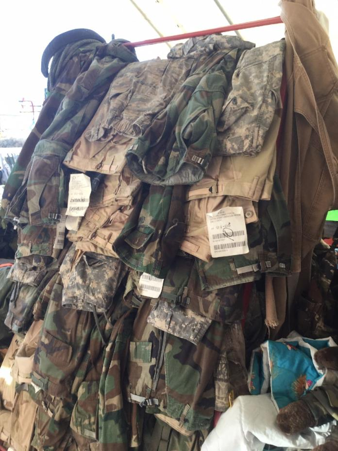 MILITARY STUFF. LOTS OF DIFFERENT