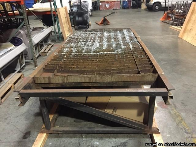 Tracker 4 x 8 Plasma Cutting Table RTR#7012363-01